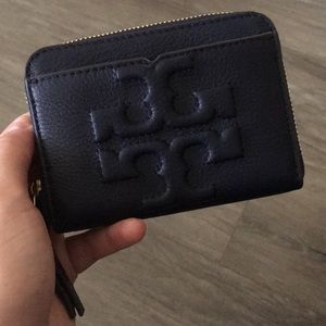 Authentic Navy Tory Burch case/wallet